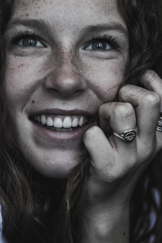 Sonríe tras tu revisión dental en Valencia