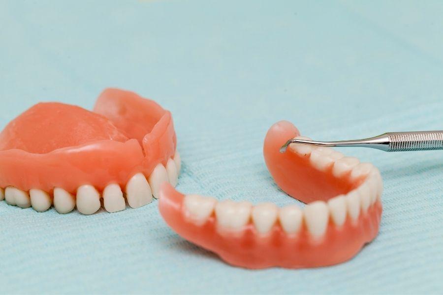 Protesis dental - Dentadura postiza